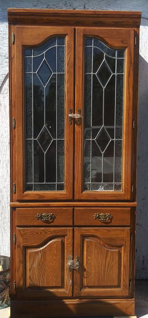 Antique Design Glass Beautiful China Cabinets for Sale in Chula Vista, CA