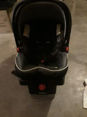 Graco car seat for Sale in Cathedral City, CA