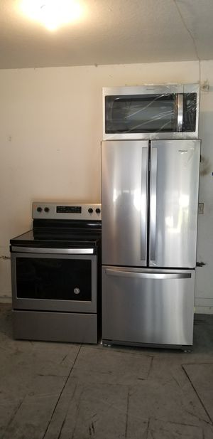 New whirlpool appliance set for Sale in Tampa, FL