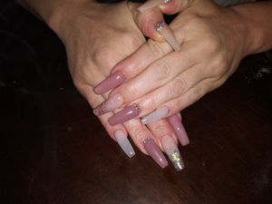 😷💅 Nails 😷💅 for Sale in Arlington, TX