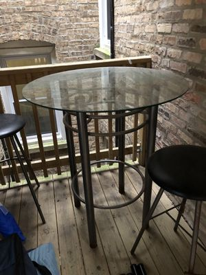 Outdoor Bar Table and 2 Stools for Sale in Chicago, IL