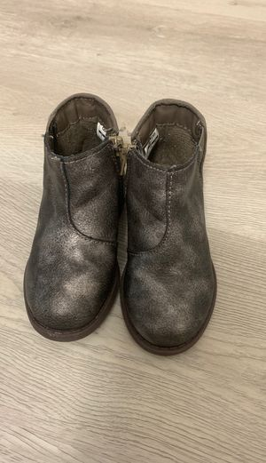 Toddler girl ankle boots for Sale in Hialeah, FL