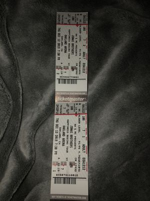 2 JONAS BROTHERS CONCERT TICKETS Sec108row7 for TONIGHT AT ORACLE ARENA for Sale in Castro Valley, CA
