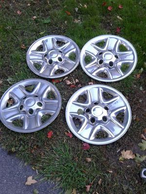 Toyota tundra chrome wheel covers for Sale in Chelmsford, MA