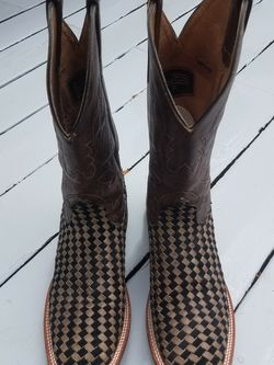 Men's Cowboy Boots for Sale in Puyallup,  WA