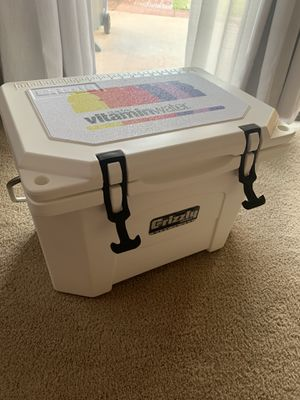 New Grizzly 20 cooler for Sale in Goodyear, AZ