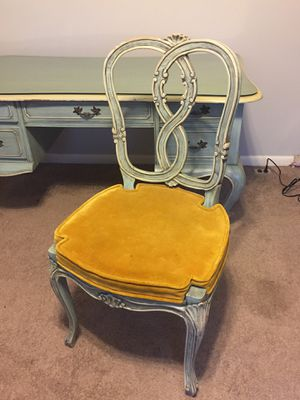 Antique Queen Anne desk and chairs for Sale in Salt Lake City, UT