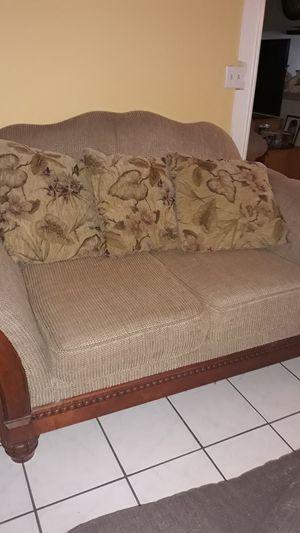 Set de sofás free buenas condiciones solo se necesita limpiar for Sale in Santa Ana, CA