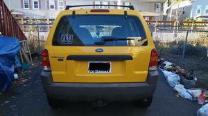 Ford escape 2001 XLT for Sale in Maynard, MA