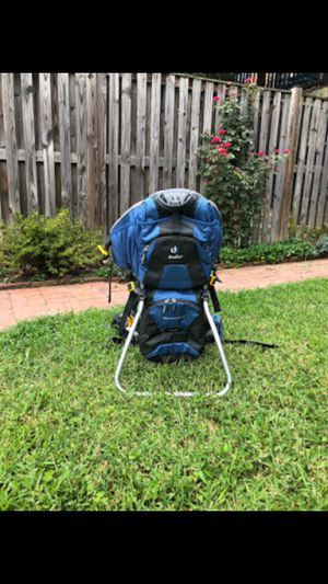 Hiking backpack for Sale in Baltimore, MD
