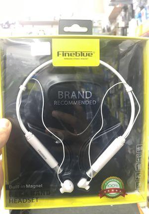 Wireless headphone for Sale in Houston, TX