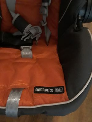 Two car seat and base are for sale barely used for Sale in San Diego, CA