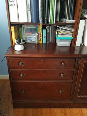Price Dropped $100 - Stanley Desk with Bookshelves for Sale in Raleigh, NC
