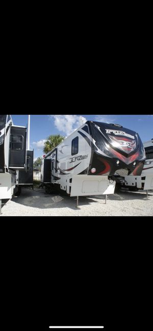 2012 Keystone Fuzion 395 Toy Hauler for Sale in Stafford, VA