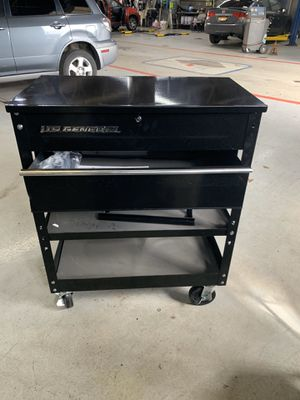US GENERAL TOOL BOX for Sale in Queens, NY