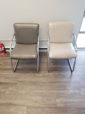 Gently used office chairs for Sale in Taylor, MI