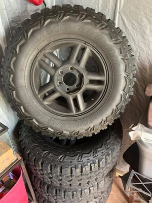 600$ FIRM ! Thunderer Trac Grip M/T Tires LT285/70R17 I have the Whole Set for Sale in Richmond, KY