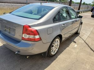 PARTING OUT 2005 VOLVO S40 for Sale in Irving, TX