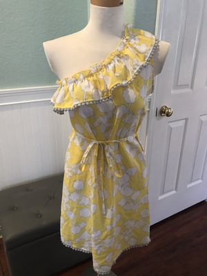 Women's yellow and white mud pie dress off the shoulder size small for Sale in Las Vegas, NV