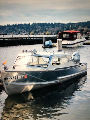 1955 Crestliner Voyager, New Engine for Sale in Seattle, WA