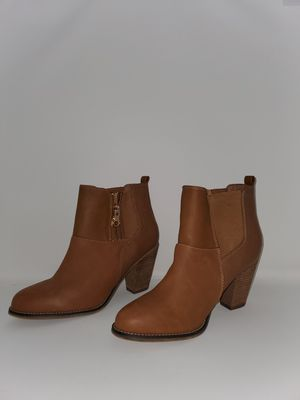 Aldo Size 9 Ankle Boots Leather for Sale in Murfreesboro, TN