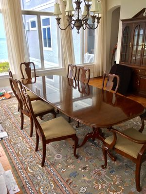 Drexel Queen Anne Cherry Wood Table & Chairs ~ 🚗 DELIVERY AVAILABLE for Sale in Bonita Springs, FL