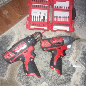 Milwaukee Drill Combo!!! Impact Driver And Hammer Drill/driver With Shockwave Bit Box for Sale in Nashville, TN
