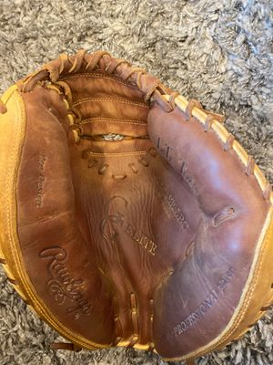 Rawlings Catchers Glove for Sale in Alexandria, VA