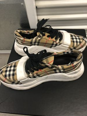 Burberry Size 11-12 Shoes AUTHENTIC for Sale in San Diego, CA