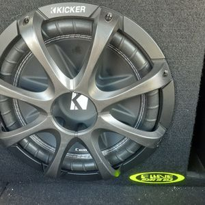 "Kicker 10"" Mono Amp And Custom Box for Sale in Long Beach, CA"