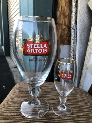 2 pieces of imported glass from ESTELLA ARTOIS Leuven BELGIUM collection for Sale in El Cajon, CA