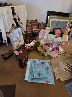 Home Interior Decoration Lot for Sale in Dayton,  TX