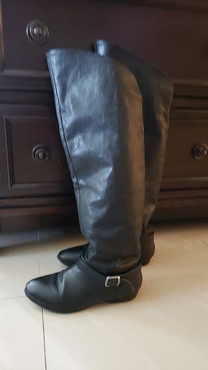 7 1/2 black boots for Sale in Corona, CA