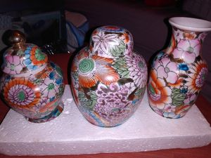 (3) Vases w/Flower Designs for Sale in Grove City, OH