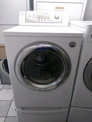 LG Tromm Gas Dryer/Secadora for Sale in Los Angeles, CA