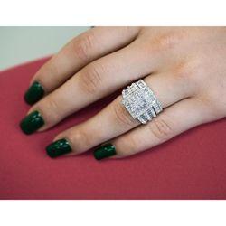 SQUARE CLUSTER COMPOSITE DIAMOND BRIDAL SET 2 5/8 CTW 14K WHITE GOLD for Sale in Hansen,  ID