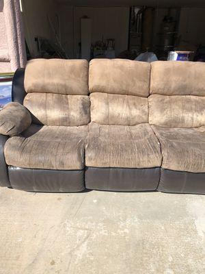 2 recliner couches for Sale in La Quinta, CA