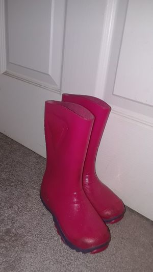 Rain boots for Sale in San Fernando, CA