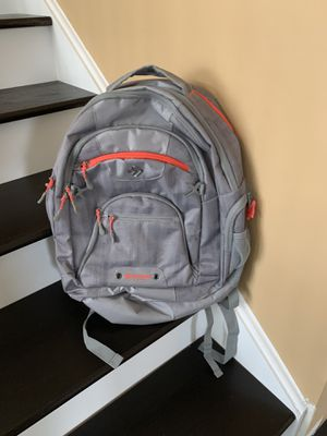 Hiking backpack for Sale in Romeoville, IL