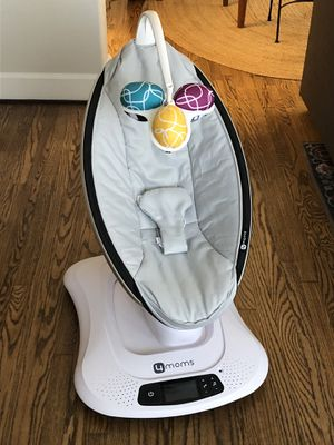 4moms mamaRoo 4 Bluetooth Baby Swing for Sale in Los Angeles, CA