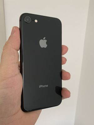 iPhone 8 256 GB like new for Sale in Herndon, VA