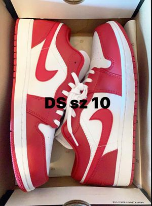DS Air Jordan Retro 1 Low Gym Red for Sale in Austin, TX