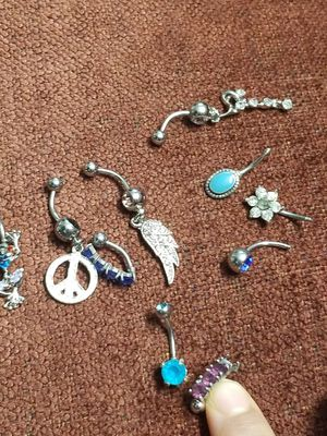 BELLY BUTTON JEWELRY for Sale in Fort Belvoir, VA