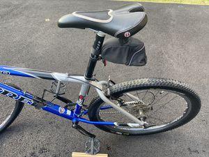Trek Mountain Bike - size 17.5 for Sale in Leesburg, VA