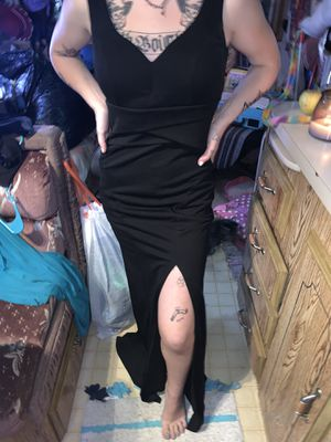 black macey's prom dress size 4 for Sale in Gold Bar, WA