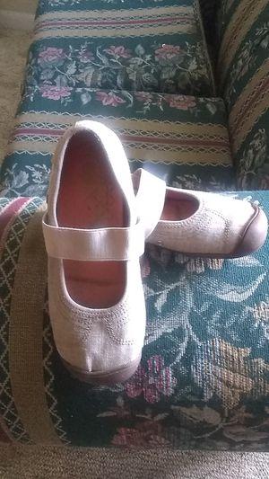 Keen summer shoes make offer for Sale in Decatur, AL