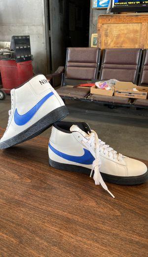 Nike size 10 for Sale in Gardena, CA