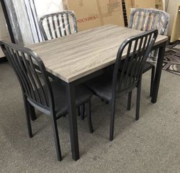 Dining room table set for Sale in Azusa,  CA