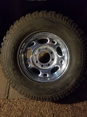 CHEVY GMC 3/4 TON STOCK Rim BFG K/O 265-75R18 65% for Sale in Mesa, AZ