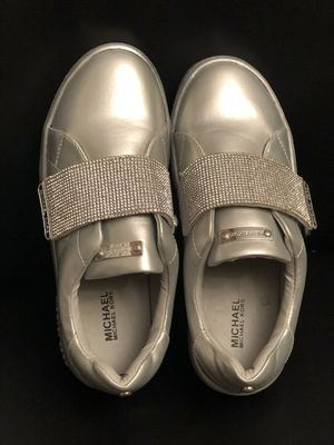 Michael Kors Silver Sneakers for Girl for Sale in Castro Valley, CA